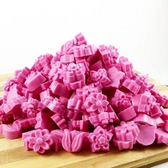 Jabón forma flores (grosella)