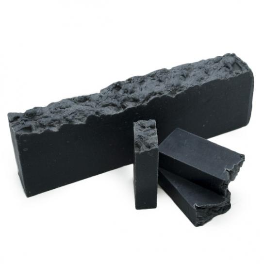 Jabón artesano en barra de Carbón Activo